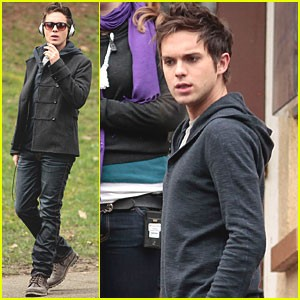 thomas-dekker-secret-circle-set